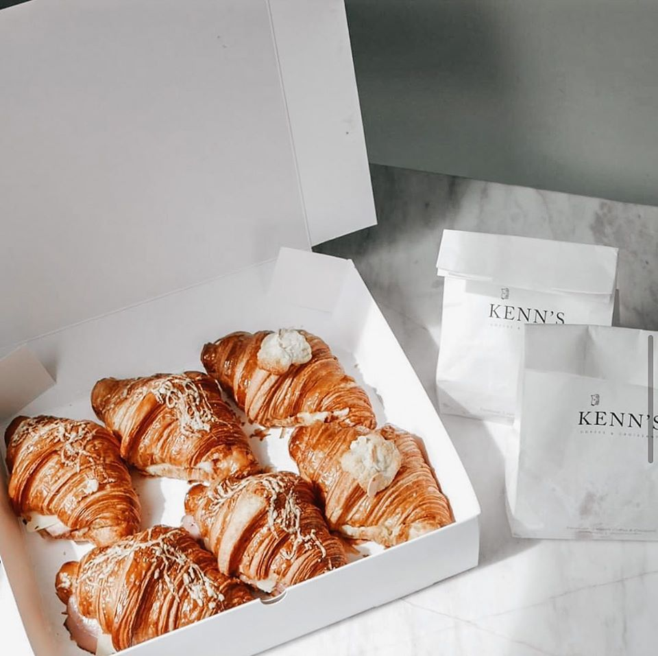 Kenn's Coffee & Croissant คาเฟ่สไตล์ ฝรั่งเศส สุดฮอตในย่านสาทร